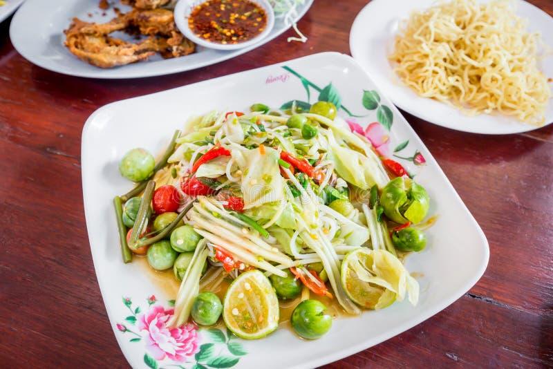 Delizioso piccante della papaia di cucina tailandese verde dell'insalata, SOM TAM fotografie stock libere da diritti