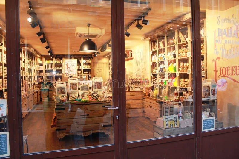 Dell'interno del negozio a Metz, Francia fotografia stock