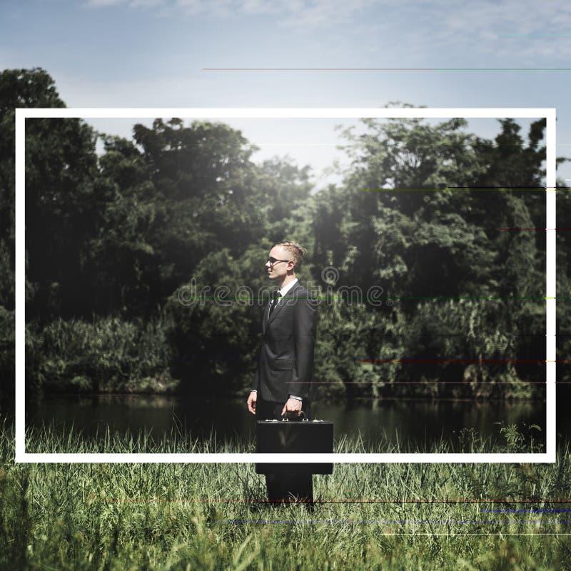 Dell'uomo d'affari di Green di affari della natura concetto all'aperto fotografia stock libera da diritti