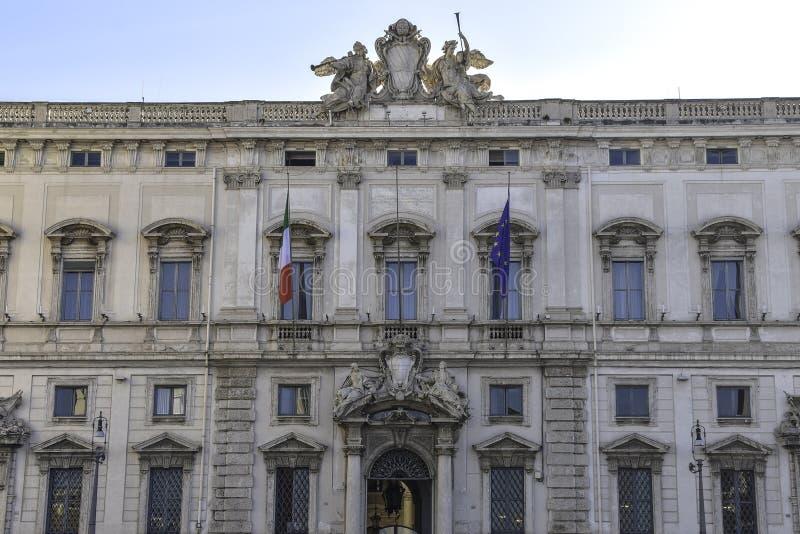 Della Consulta, sedile della corte costituzionale italiana, Roma, Italia di Palazzo fotografie stock libere da diritti