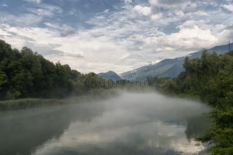 Della la Valteline et x28 de Sentiero ; La Lombardie, Italy& x29 ; photos libres de droits