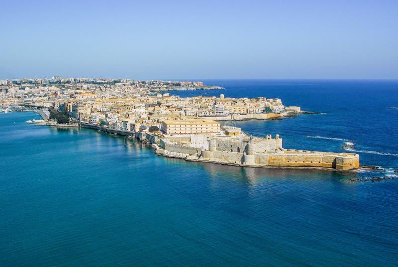 Della linea costiera della città vecchia Ortigia isola di Siracusa Sicilia fotografia stock libera da diritti
