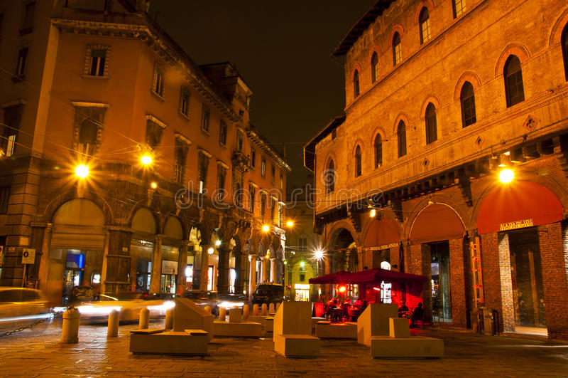 Della Mercanzia da praça, Bolonha, Itália fotografia de stock