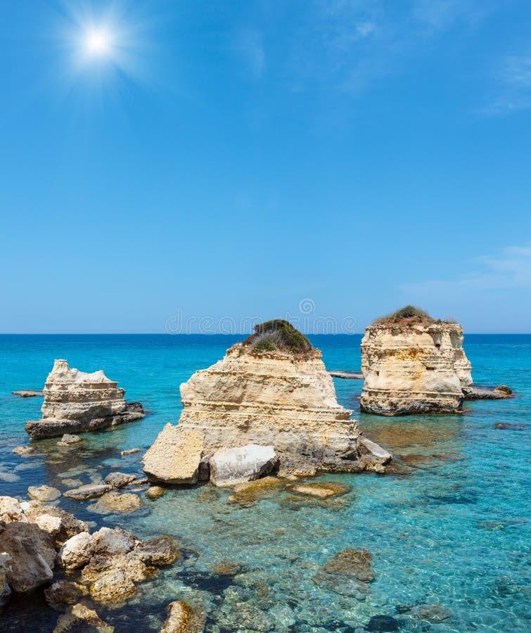 Della Punticeddha, Salento, Italia de Spiaggia de la playa del mar imagen de archivo