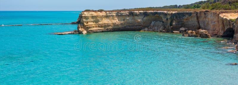 Della Punticeddha, Salento, Italia de Spiaggia de la playa del mar foto de archivo libre de regalías
