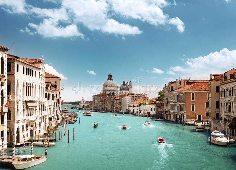 Della Santa Maria грандиозного канала и базилики салютует, Венеция, Италия стоковые фотографии rf