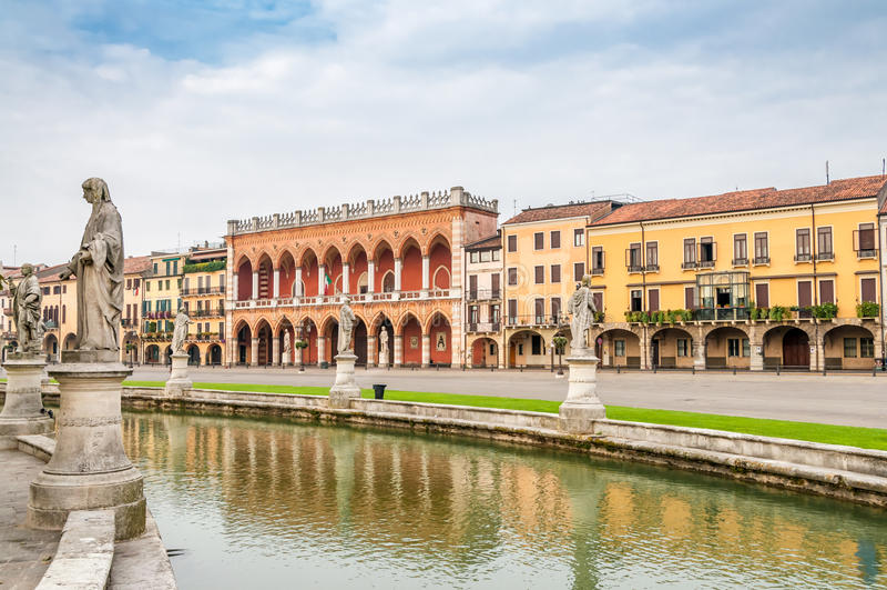 Della Valle de Prato fotos de stock royalty free