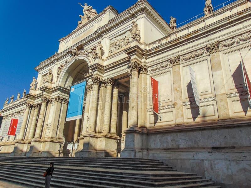 Delle Esposizioni, Rome - Italie de Palazzo images stock