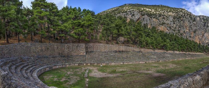 Delphi, Griekenland Het oude Stadion van Delphi royalty-vrije stock foto's