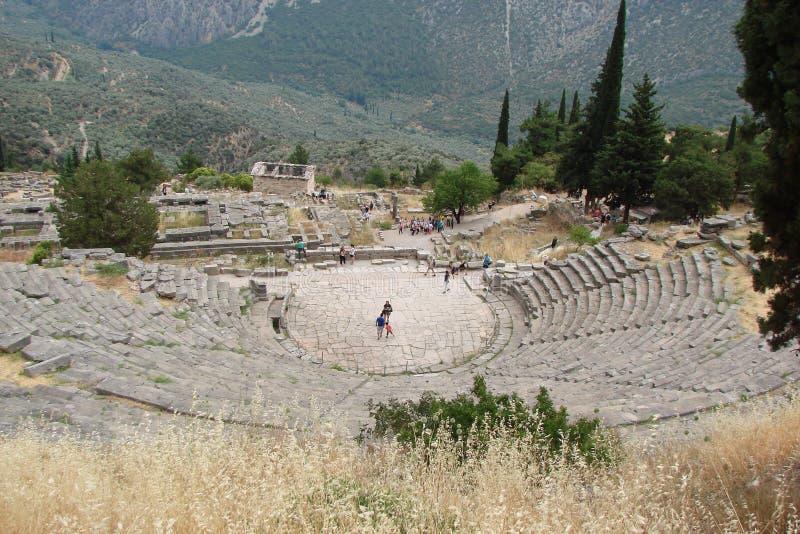 Delphi miasteczko Grecja 06 17 2014 Ruiny starożytny grek architektura blisko miasteczka Delphi w południe Grecja fotografia royalty free