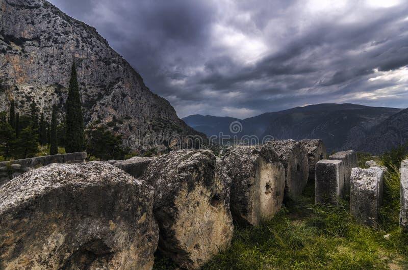 Delphi, Phocis/Griekenland Een deel van de archeologische plaats van Delphi stock foto