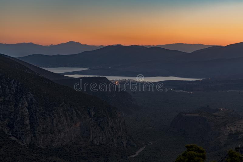 Delphi wioski widok góry przy zmierzchem obrazy stock