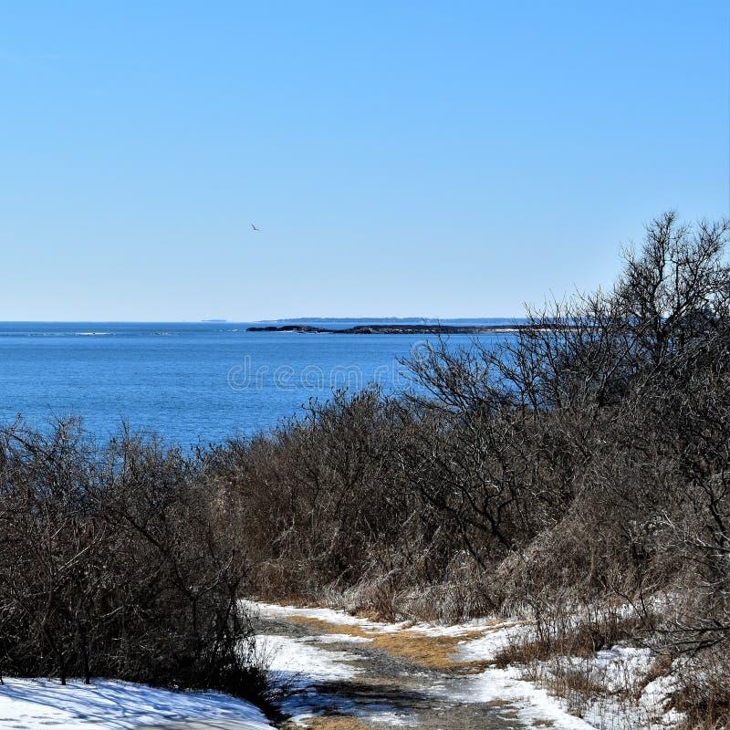 Delstatspark f?r tv? ljus och omgeende havsikt p? udde Elizabeth, Cumberland County, Maine, MIG, F?renta staterna, USA, New Engla royaltyfri foto