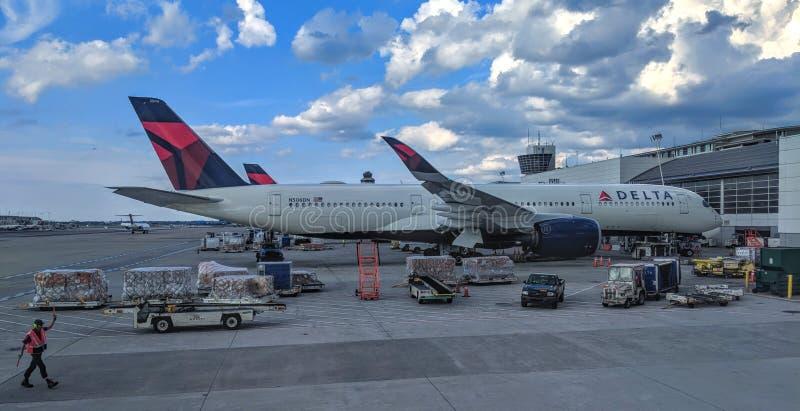Delta Airbus A350-900 N506DN fotografia stock libera da diritti