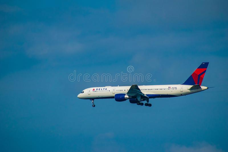 Delta Airlines partant d'Orlando International Airport 17 images stock