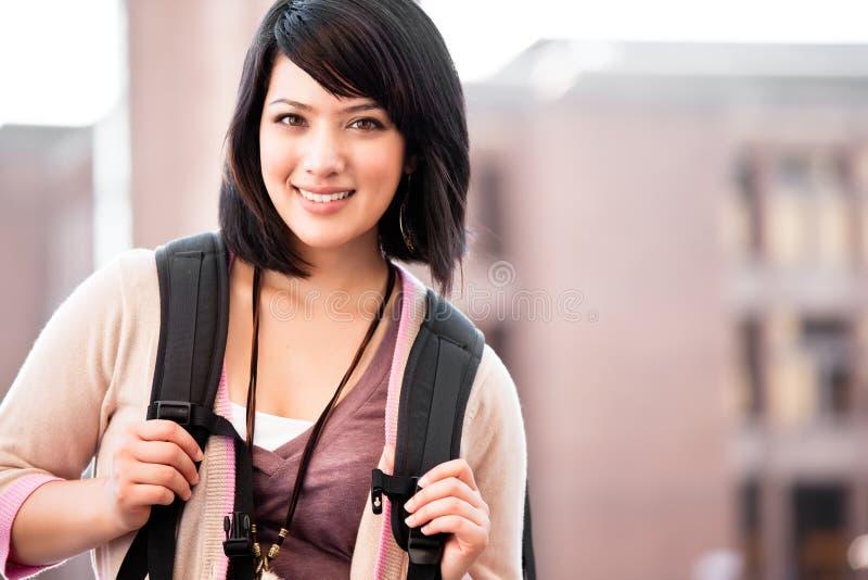 deltagare för blandad race för högskola royaltyfri foto