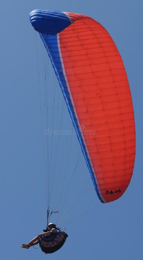 Deltaplane haut ! photographie stock