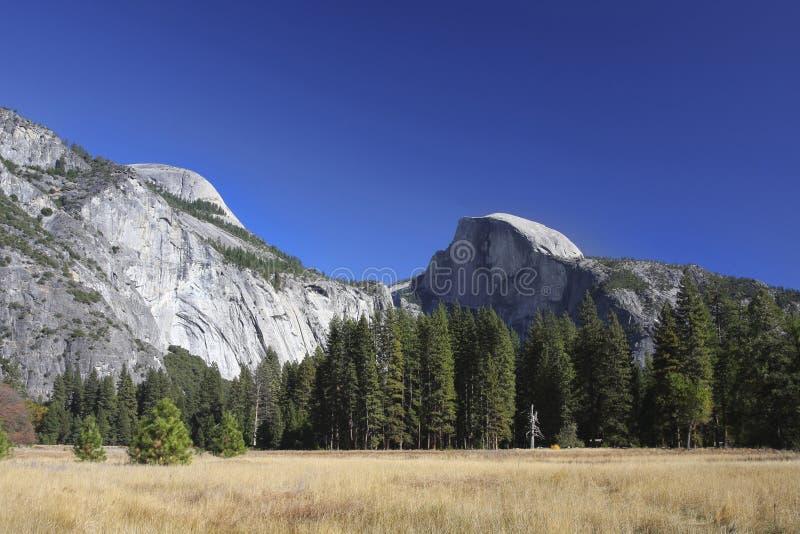 Demi dôme - parc national de Yosemite photographie stock