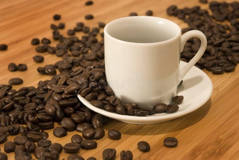 demitasse fasoli filiżankę espresso obrazy stock