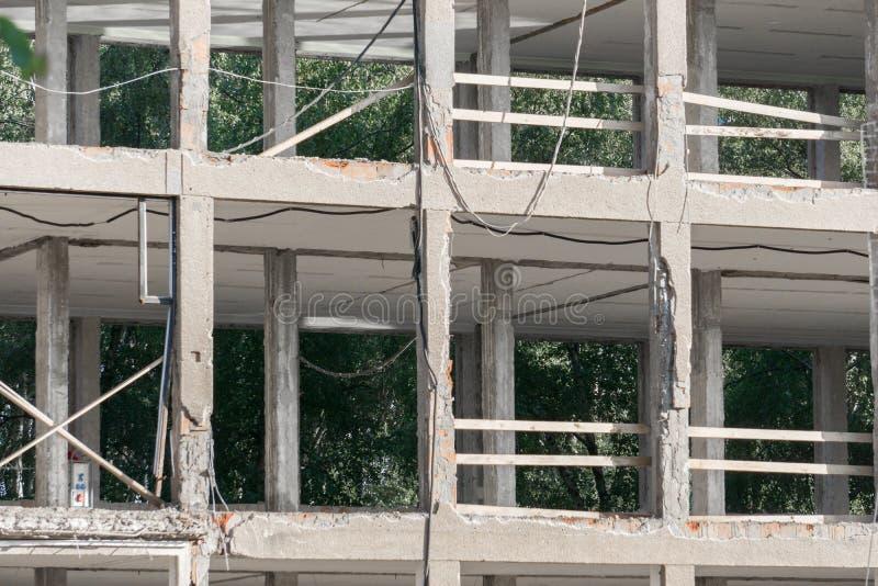demolerad byggnad fotografering för bildbyråer