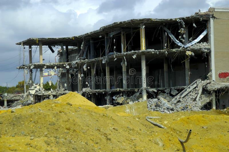 demolerad byggnad arkivbilder