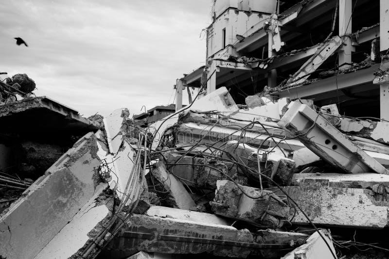demolerat hus arkivbild