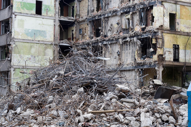demolerat hus arkivbilder