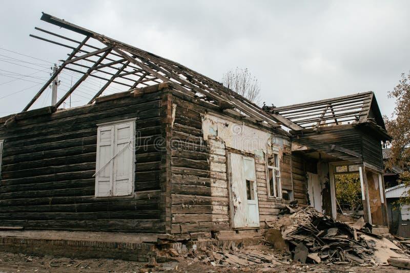 Demolição de uma casa fotografia de stock