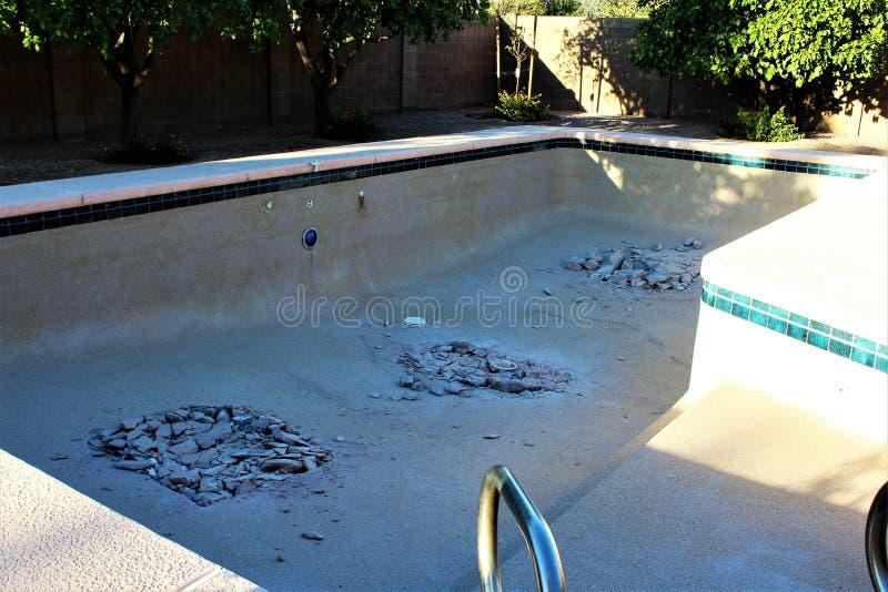 Demolición de la piscina fotos de archivo