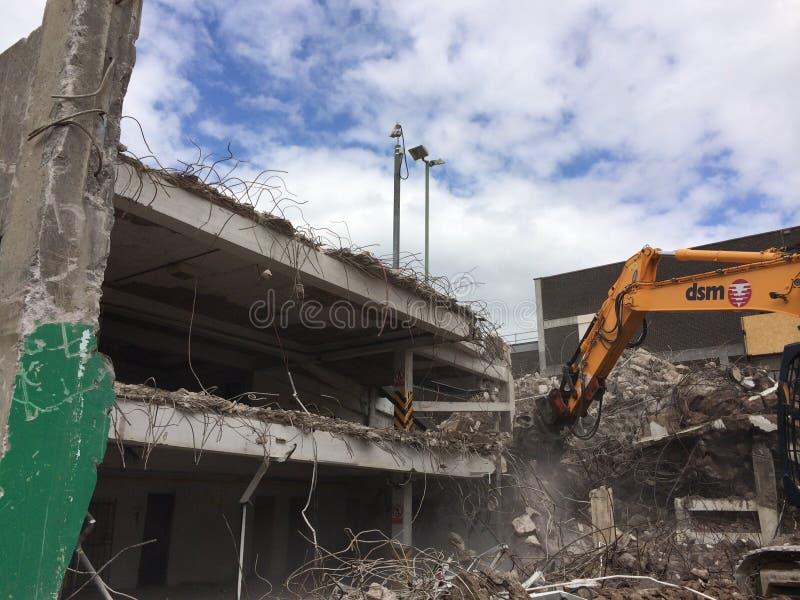 Demolición del aparcamiento en Mayflower Plymouth fotografía de archivo