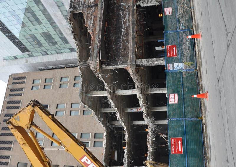 Demolición del edificio imágenes de archivo libres de regalías