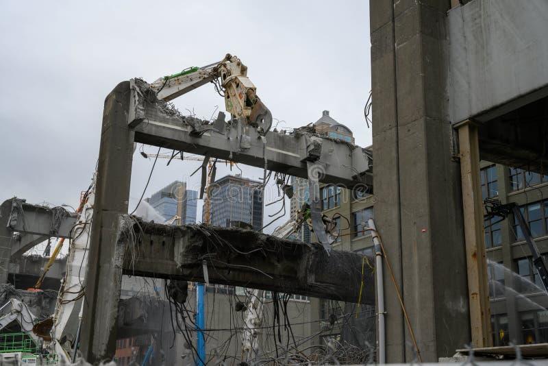 Demolición del viaducto de Seattle de Alaska y Yesler foto de archivo libre de regalías
