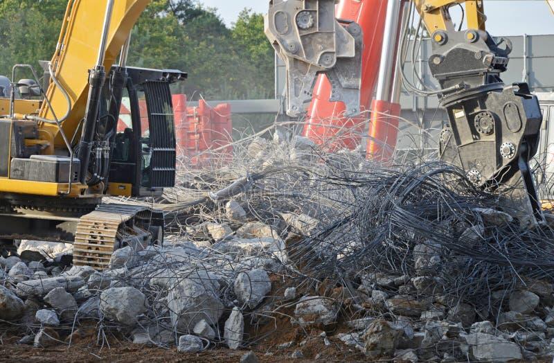 Demolierung der Straßenbrücke stockfotografie