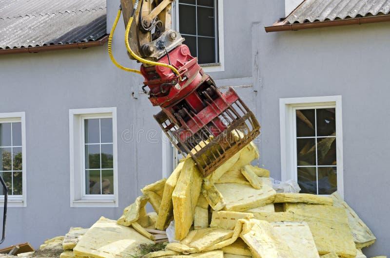 Demolierung eines Wohnhauses lizenzfreies stockbild