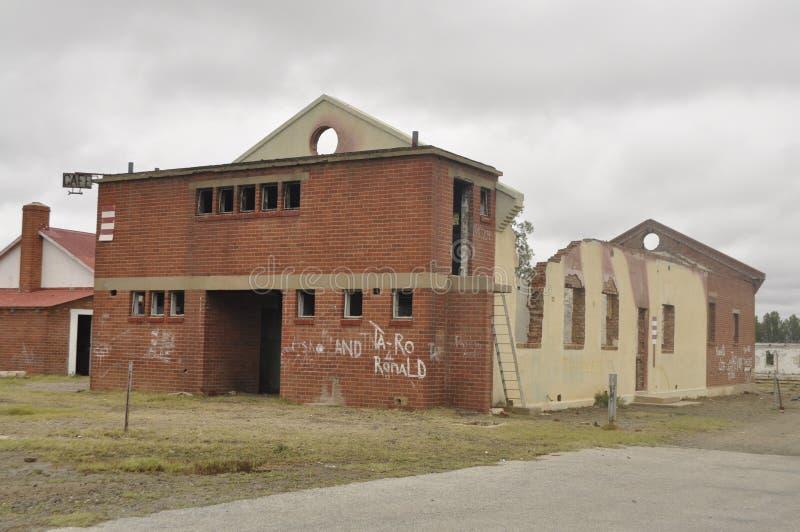 Demolisca il municipio a Klipplaat nella provincia del Capo Orientale La Sudafrica fotografia stock