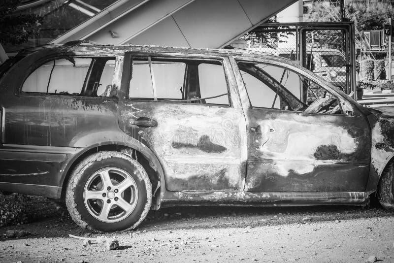 Demolisca l'automobile dopo il fuoco immagine stock libera da diritti