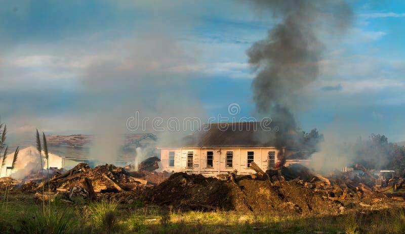 Demolisca le vecchie costruzioni fotografie stock