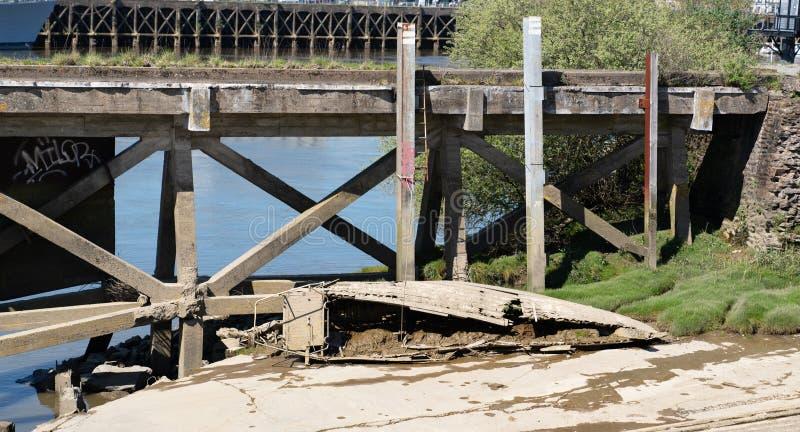 Demolisca in una tenuta di vecchio cantiere navale a Nantes fotografie stock