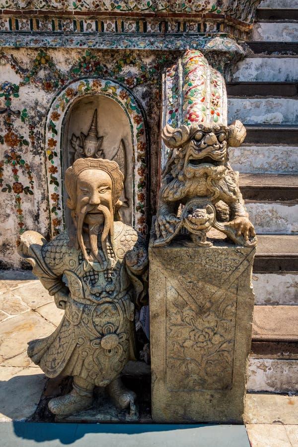 Demonf?rmyndare p? Wat Phra Kaew Grand Palace royaltyfri fotografi
