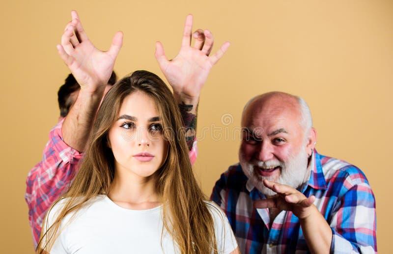 Demoni interni Ansia e autostima La donna soffre da rimorso Concetto di incubo Ansia di psicologia Ansia immagine stock