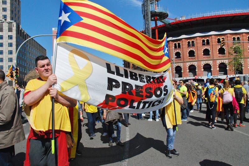 Demonstração da política de Llibertat Presos, Barcelona imagem de stock