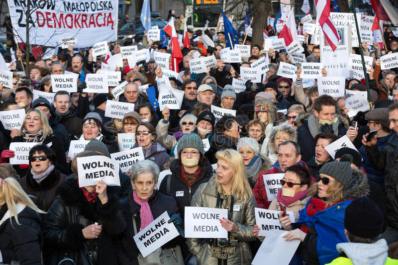 Demonstracja komitet Defence demokracja KOD dla bezpłatnych medialnych /wolne media/ zdjęcia royalty free