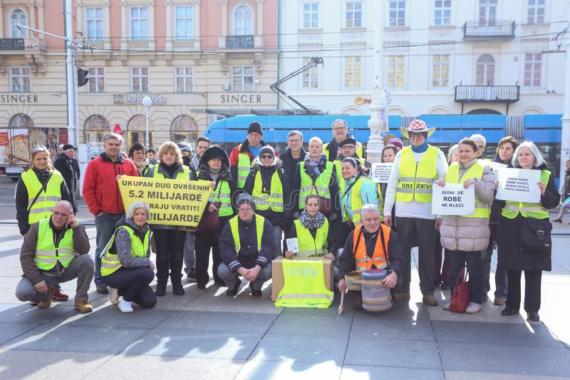 Demonstradores amarelos das vestes em Zagreb fotografia de stock royalty free