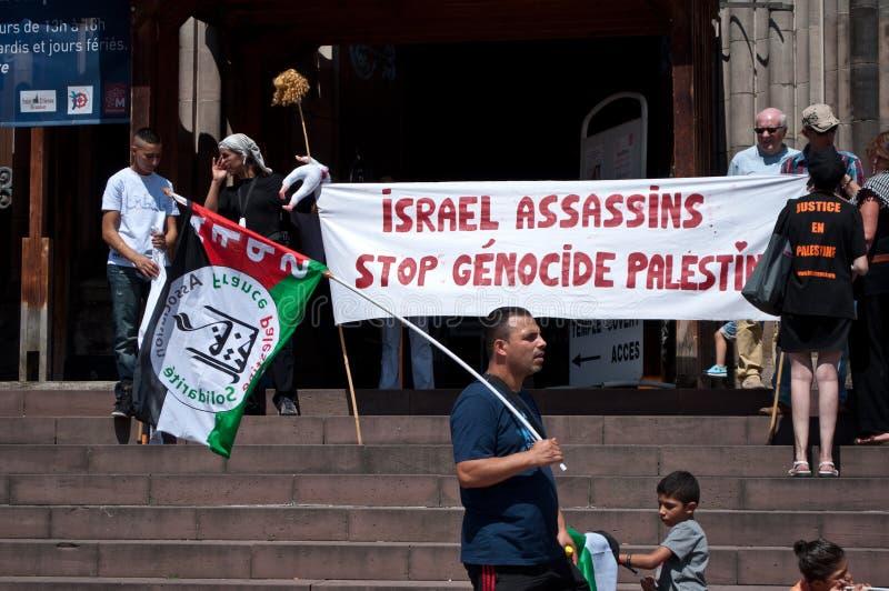 Demonstratie voor vrede tussen Israël en Palestina, tegen het Israëlische bombarderen in Gaza royalty-vrije stock fotografie
