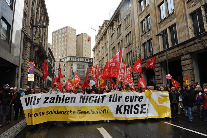 Demonstraties tegen banken stock fotografie