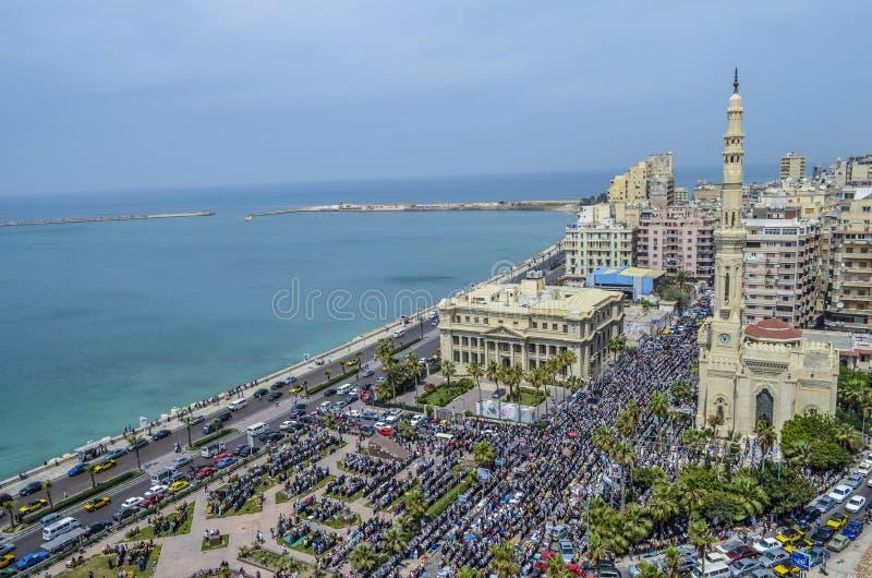Demonstraties voor de leider Ibrahim Mosque in Alexandrië royalty-vrije stock fotografie