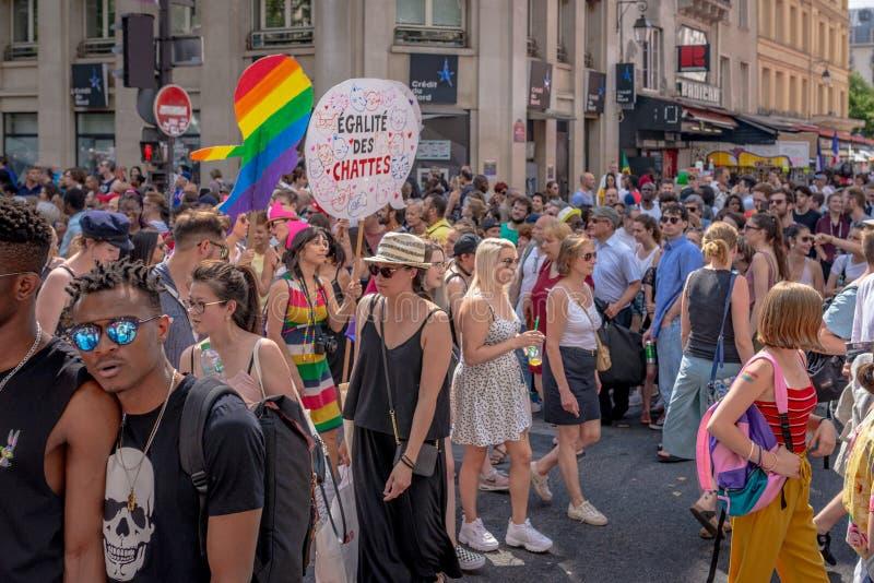 Demonstratiesystemen bij 2018 Parijs Gay Pride stock afbeeldingen