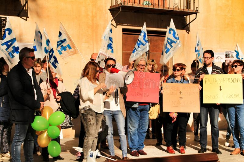 Demonstration against cuttings of sanitary personnel in Elche royalty free stock images