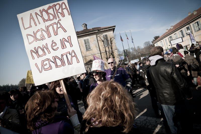 Demonstration angehalten in Arcore 6. Februar 2011 stockfotografie