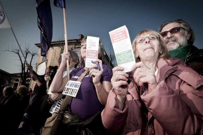 Demonstration angehalten in Arcore 6. Februar 2011 stockfoto